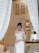 Makeup and bridal hairstyle